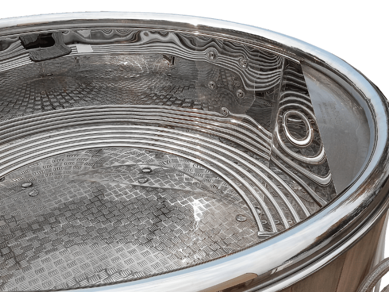 spa en inox avac massage, bain en inox avec massage, stainless steel spa with massage, stainless steel hot tub with massage, hot tub with massage, spa with massage, installation bain nordique storvatt, installation bain nordique, installation spa