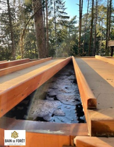 Hot tub and jacuzzi, wood fired hot tub, japanese wood fired hot tub, wood fired jacuzzi, jacuzzi stainless steel, jacuzzi spa, acuzzi spa stainless steel